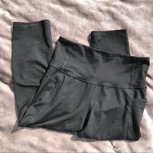 C9 Champion Cropped Athletic Leggings Medium